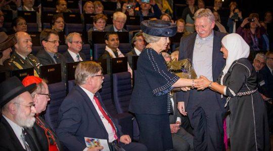 Prinses Beatrix, Jesse Klaver (spreker) en mgr. Van den Hende bij In Vrijheid Verbonden