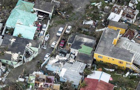 Sint-Maarten, 6 september 2017. Vlucht boven Sint-Maarten tbv het vaststellen van de schade van orkaan Irma. Tevens wordt een inschatting gemaakt van de gebieden waar de meeste hulp benodigd is, en waar schepen evt kunnen aanleggen. Foto: Verwoesting.