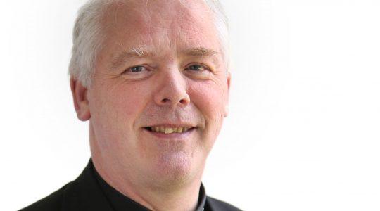 Mgr. De Jong naar synode over 'Jongeren, geloof en de onderscheiding van de roeping'