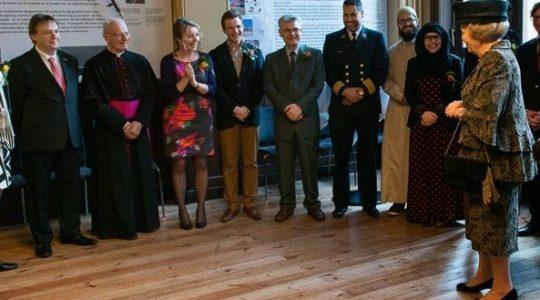 In Vrijheid Verbonden: over spanning en verbondenheid tussen gelovigen en niet-gelovigen