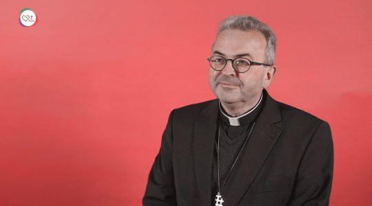 Noveen voor ernstig zieke bisschop Smeets